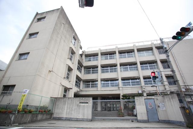 東大阪市楠根東小学校区内で、新...